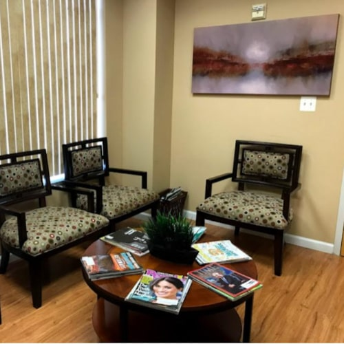 Waiting room at Bawa Dentistry in Centreville